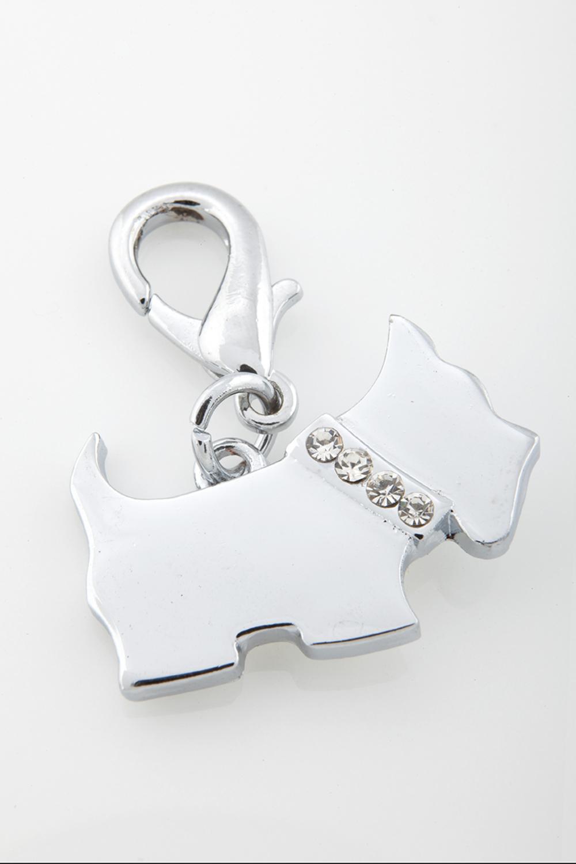 ¿No te gustaría que tu engreído sea único dentro de su mancha? Nuestros collares y dijes son perfectos para tu mascota, se pueden armar de manera personalizada. Tenemos opciones muy entretenidas que harán que tu canino brille.